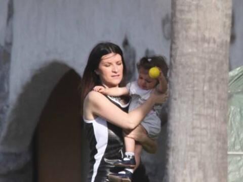 Laura Paussini había ocultado a su pequeña de las c&aacute...