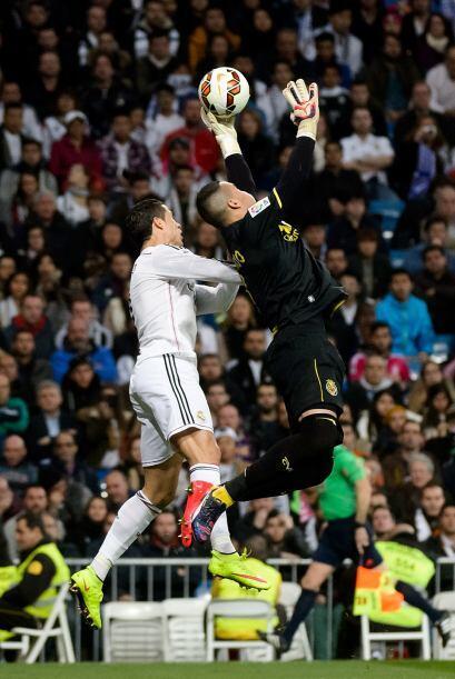 Por us parte el Real Madrid sumó su primer empate como local en la prese...