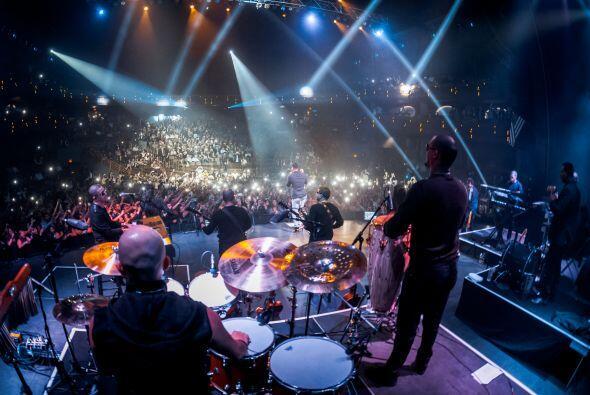 Gran multitud de Fans se dieron cita al magno concierto en LAS...