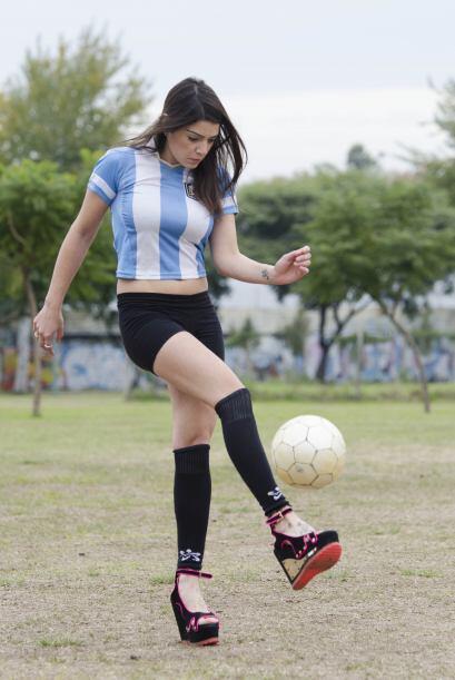 La argentina sabe lo que hace y se ha incorporado en las más talentosas...