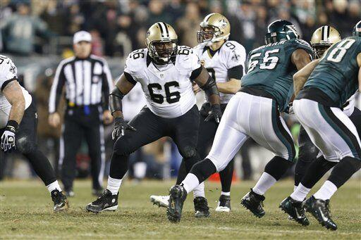 Ben Grubbs, guardia ofensivo de los New Orleans Saints (AP-NFL).