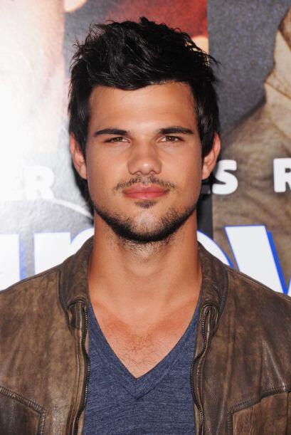 Para comenzar, tenemos a Taylor Lutner. El galán de la saga de 'Twilight...