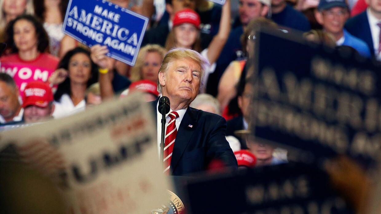 """""""Construiremos el muro"""": Trump insiste en su promesa desde la frontera c..."""