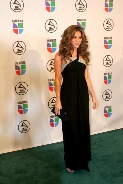 Los colores preferidos de Shakira son muy obvios ¡el negro jamás faltará...