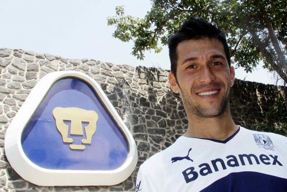 Al terminar el Apertura 2013 decide salir de equipo para volver a España...