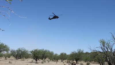 En fotos: Patrulla Fronteriza realiza simulacros de rescate aéreo para advertir de los peligros que enfrentan los inmigrantes que deciden cruzar el desierto de Arizona