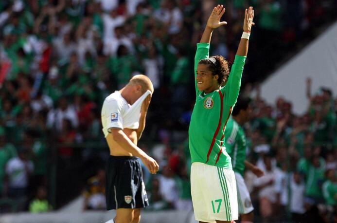 Mexicanos dominan en lista histórica de MVP's de Copa Oro Giovani dos Sa...