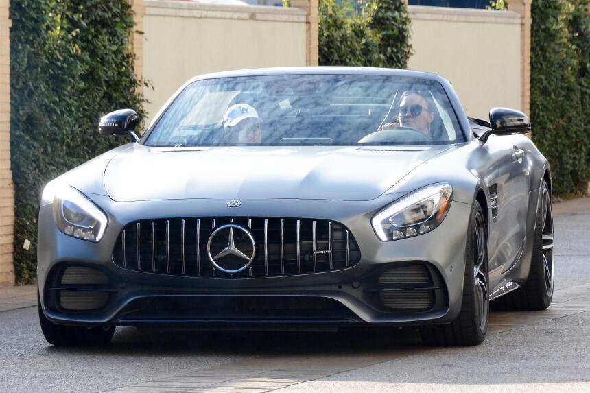 Demi Lovato estrena su Mercedes AMG