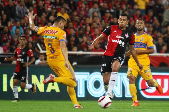 Atlas y Tigres empatan en duelo de la Jornada 8 20171101-235.jpg