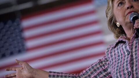 Hillary Clinton pide a Trump sus cuentas fiscales