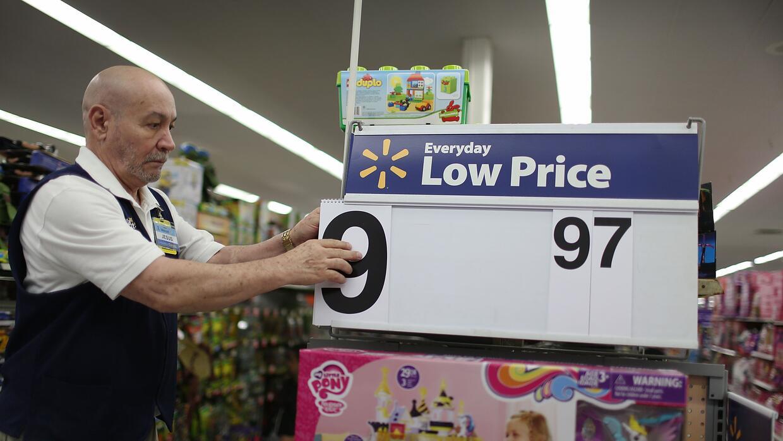 Jesús Gutiérrez trabajando en un Walmart de Florida en Black Friday