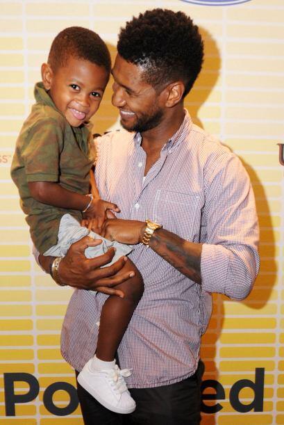 Además, es un padre adorable y responsable, quien peleó mucho por la sal...