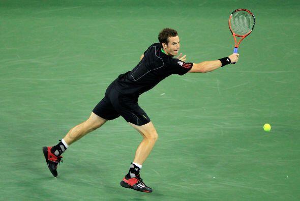 El número cuatro mundial, Andy Murray superó a Feliciano Lopez 6-1, 6-4,...