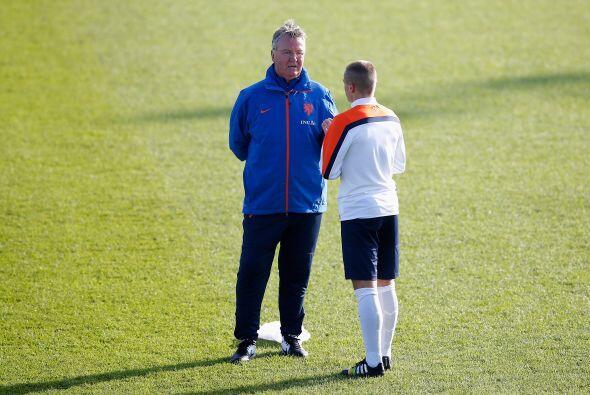 Hiddink no puede confiarse ante el Tricolor y deberá hacer los ajustes n...