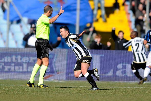 Pero más tarde llegó la reacción de Udinese, primero con el gol de Zapata.