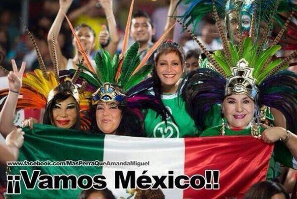 Carmelita Salinas compartió esta imagen de sus fans. Todo sobre e...