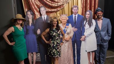 Con la (acartonada) familia real, celebran en Washington DC la boda del príncipe Harry