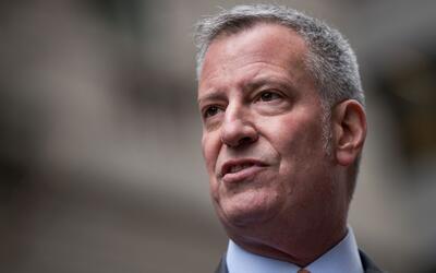 Alcalde de Nueva York pide a los senadores estatales extender el control...