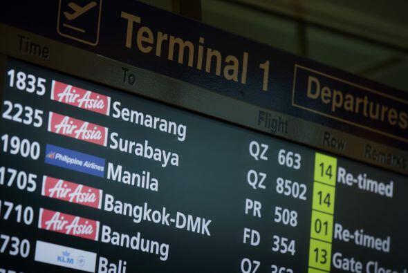 La tarjeta de información donde seguía apareciendo el vuelo desaparecido.