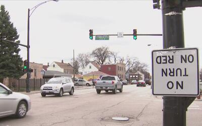 Una señal de tráfico al revés cerca de dos escuelas causó malestar a los...