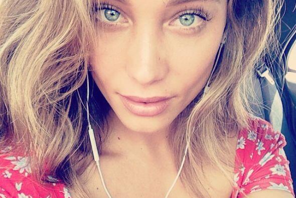 """Hannah es súper fan de las """"selfies""""."""