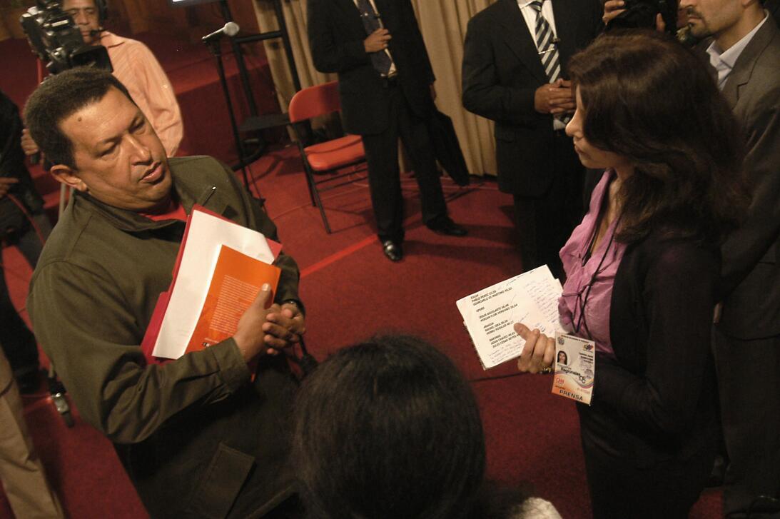 Patricia janiot y Hugo Chavez