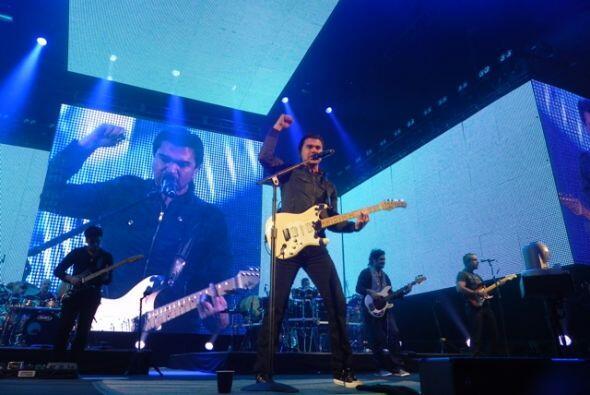 """Juanes le dedicó a todos sus fans el tema """"Es por ti""""."""