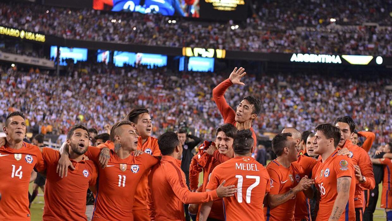 Chile sigue con los festejos por la obtención de la Copa América Centena...