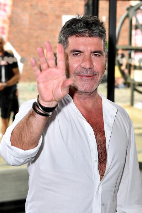 11. Simon Cowell (Empresario Musical) - ingresos por 43,5 millones de dó...