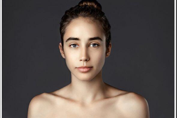 Esther Honig hizo modificar su rostro según la belleza de diferentes paí...
