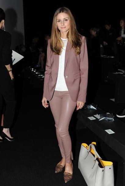 Se nos haría raro no ver a la 'fashionista', Olivia Palermo, en todas y...