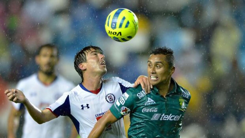 La Máquina dejó ir una ventaja de dos goles sobre los Esmeraldas.