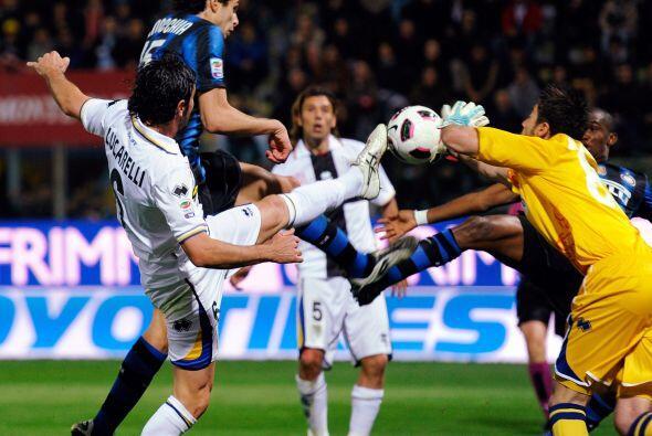 En el otro partido de la tarde, Inter visitó al Parma y se llev&o...