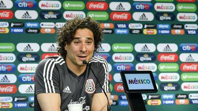 """Memo Ochoa no se achica: """"Queremos el primer lugar de grupo"""""""