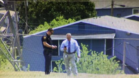 Oficiales investigaban en el área donde una adolescente fue atacada el j...