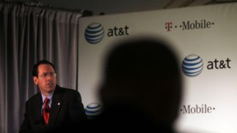 La compañía ocupa en Puerto Rico el tercer puesto en número de usuarios...