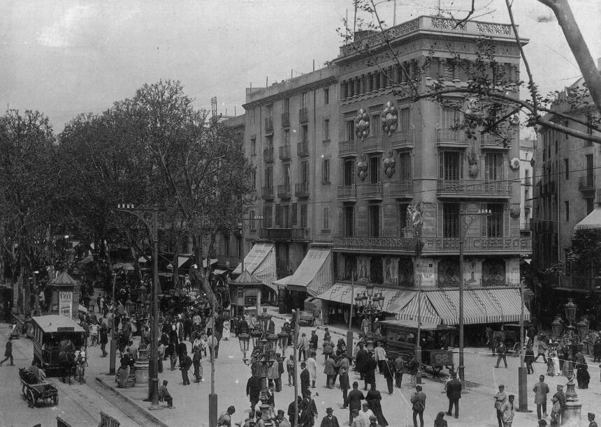 En fotos: Así luce La Rambla de Barcelona en un día normal GettyImages-3...