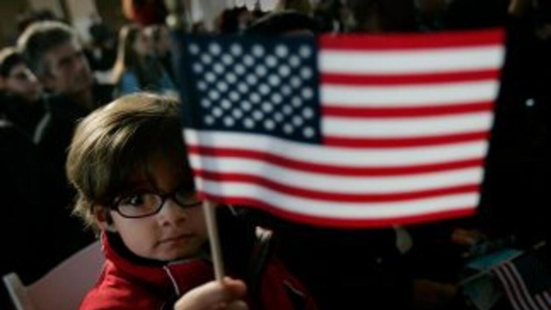 El estudio también reveló que 62% de votantes demócratas están de acuerd...