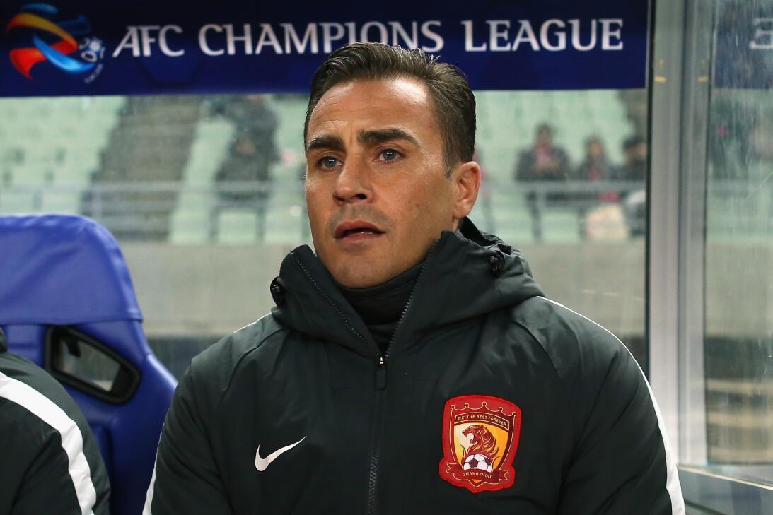 1. Fabio Cannavaro (Italia) - Guangzhou Evergrande le paga 12 millones d...