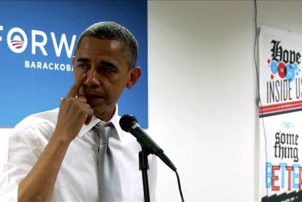 Barack Obama  El presidente Barack Obama lloró ante su equipo de...