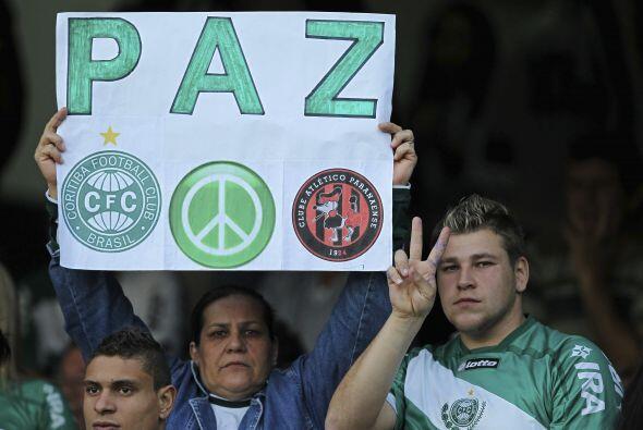No está mal pedir paz antes de un partido de fútbol en un mundo tan camb...