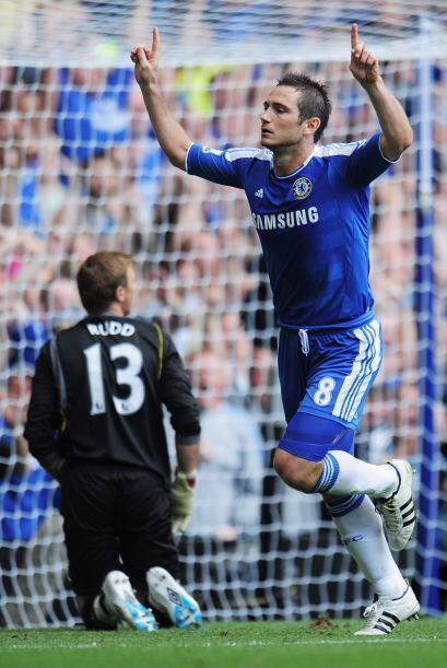 El festejo de Lampard ante la hinchada del Chelsea.