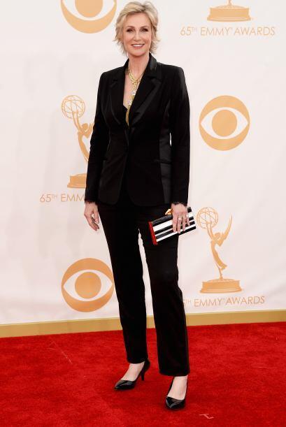 Jane Lynch quiso llamar la atención y vaya que lo logró con ese atuendo...