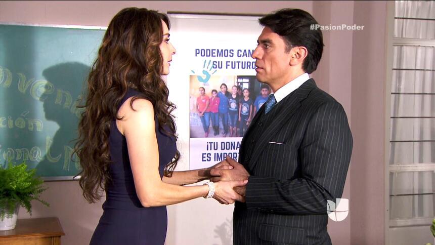 ¡Julia le confesó su secreto a Arturo! 57C685DC137E42ED87B885C071ED5F5B.jpg
