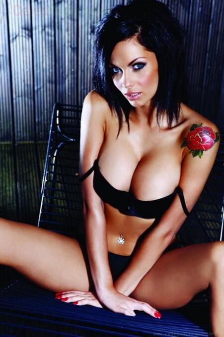 La espectacular y sensual actriz inglesa es una de las seguidoras más se...