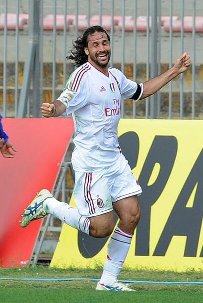Directo de la Serie A italiana, el veterano colombiano Mario Yépes.