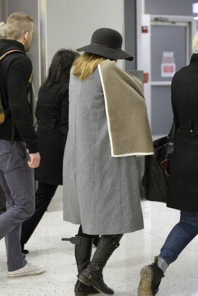 Mira a Blake y Ryan en el aeropuerto como todos unos dedicados papis.