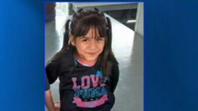 La pequeña Valeria falleció ayer a las 7 pm, al caer del balcón del apa...