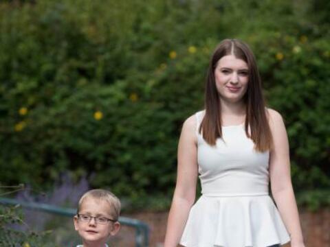 A Emily Winlow le dijeron que preparara el funeral de su bebé, ap...
