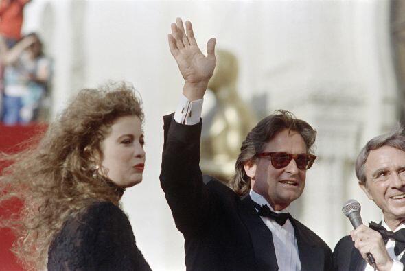 Michael Douglas tuvo que pagar a su esposa, Diandra, $45 millones tras e...